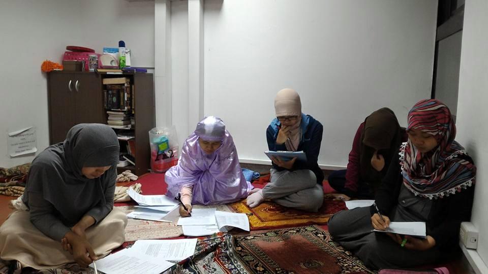 Suasana belajar di Kelas Bahasa Arab